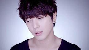 CNBLUE - 4th Mini Album [Emotional Teaser] Yong Hwa ver.
