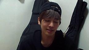 [A-JAX Fun TV] Hyo Jun\'s Surprise Song for A-light
