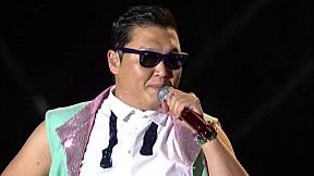 PSY - ENTERTAINER @ Seoul Plaza Live Concert