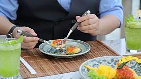 Modern9 Cooking by Yingsak - Chill Out กับ Teddy ที่โรงแรมเพนนินซูเอร่า กรุงเทพฯ ตอนที่ 4 [3\/3]