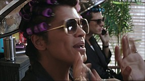 Mark Ronson - Uptown Funk_feat Bruno Mars [Official Music Video]
