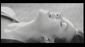 Tata Young - อย่าเกลียดกันก็พอ  [Official Music Video]