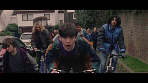 Declan McKenna - The Kids Don\'t Wanna Come Home [Official Music Video]