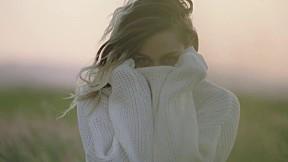 Miley Cyrus - Malibu [Official Music Video]