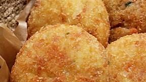 芝士炒飯餅 Cheesy Rice Croquettes