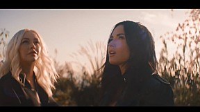 Christina Aguilera - Fall In Line_feat Demi Lovato (Official Music Video)