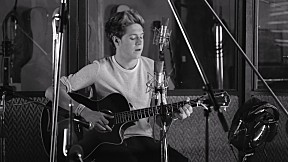 One Direction - Little Things [Official Music Video]