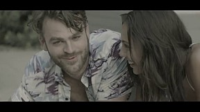 The Chainsmokers - Closer_feat Halsey [Official Music Video]