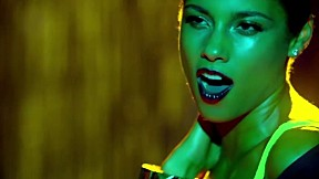 Alicia Keys - Girl On Fire [Official Music Video]