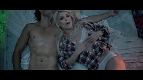 Britney Spears - Perfume [Official Music Video]