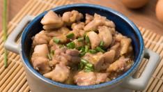 """แจกสูตรฟรี!! เมนูไมโครเวฟ """"ข้าวหน้าไก่"""" สไตล์ญี่ปุ่น กินทีฟินไกลเหมือนไปเจแปน"""
