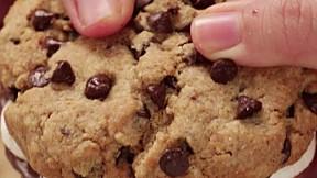 朱古力棉花糖曲奇 Chocolate Marshmallow Cookie