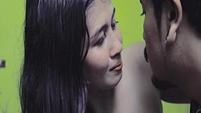 แกล้ง - เล็ก Belong (เล็ก บีลอง) (Official MV)