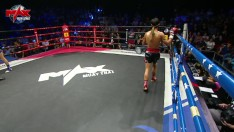 FIGHT 1 AUSTRALIA VS THAILAND - Max Muay Thai X LINE TV