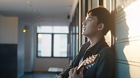 LINE TV BEST THAI SONG | ถ้าเขาจะรักยืนเฉยๆ เขาก็รัก - First anuwat | LINE TV AWARDS 2021
